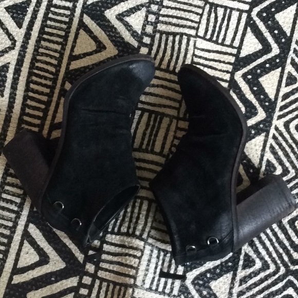 Anthropologie Shoes - Anthropologie Black Suede Heeled Booties, Size 8.5